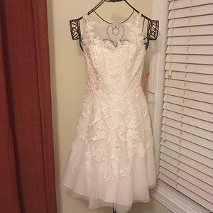 NWOT Danny Couture lace Short bridal gown